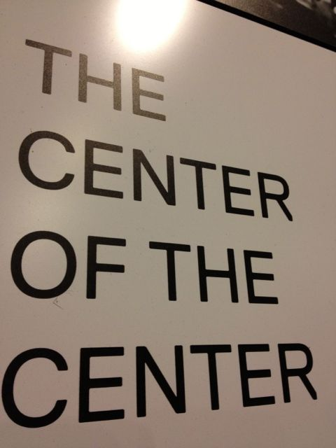 Wall sign Center of the center