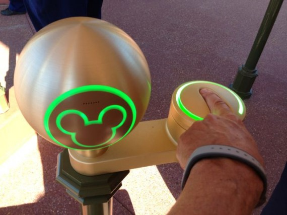 Disney's Magic Band theme park admission device
