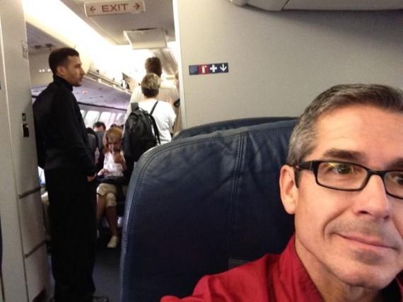 jeff noel in Delta first class cabin