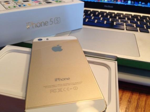 iPhone 5s, Gold, 16GB