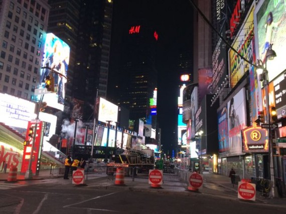 Times Square deserted at 6am