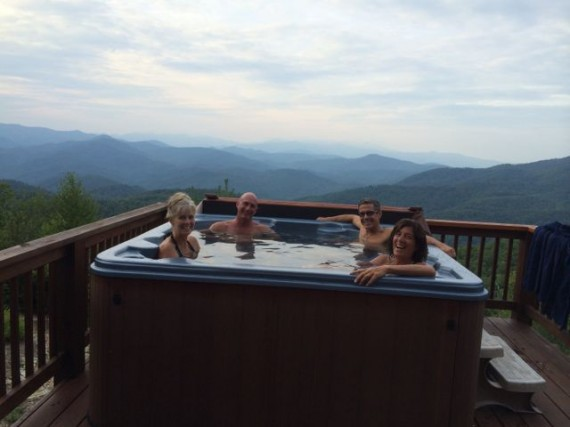 Hot tub on North Carolina Cabin