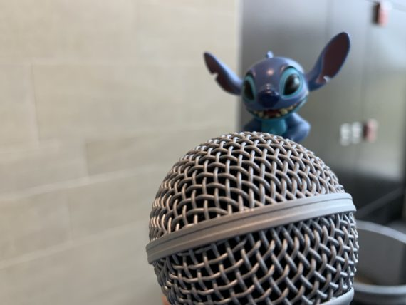 Stitch and handheld microphone