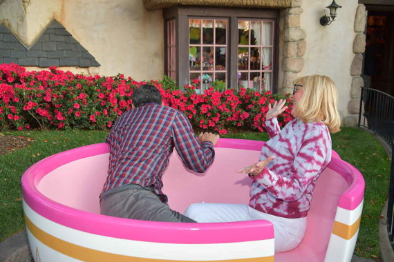 couple on Disneyland Teacup ride
